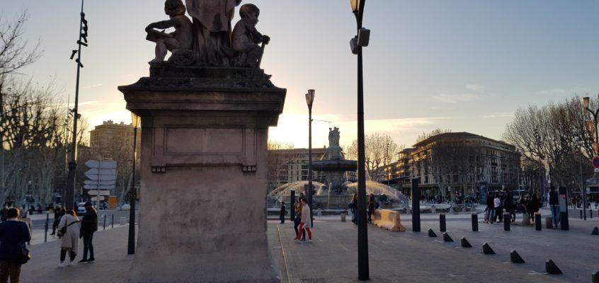 Wzdłuż Cours Mirabeau