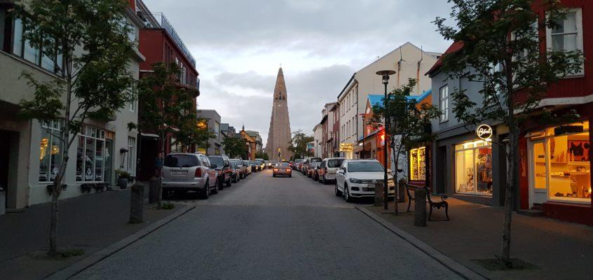 Przewodnik po Reykjaviku